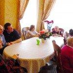 Слушаем рассказы о подвигах ветеранов  нашего дома престарелых!